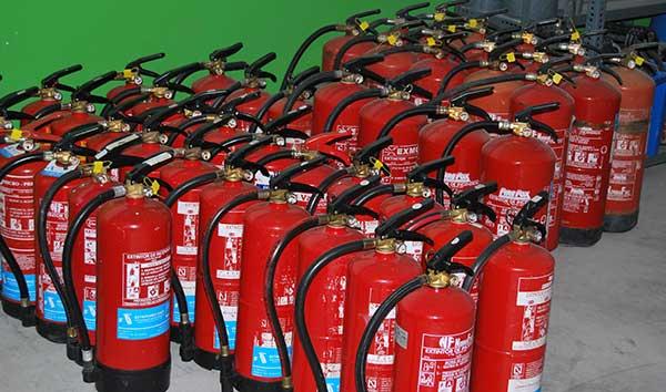 Extintores portátiles en Madrid: Mantenimiento y uso