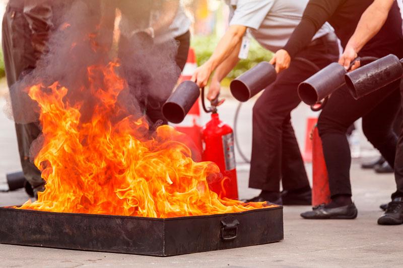 Qué hay que saber para extinguir un fuego